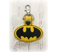 In the Hoop Spotlight Hero Snap Tab Key Fob Embroidery Design Embroidery Designs, Tab Key, Baby Batman, Key Fobs, Felt Crafts, Machine Embroidery, Sewing Crafts, Projects To Try, Christmas Decorations