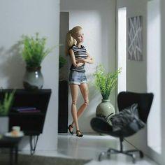 .just home.           t Barbie Style, Barbie Life, Barbie World, Barbie Dress, Barbie Clothes, Barbie Barbie, Diorama Barbie, Barbie Tumblr, Outdoor Fotografie