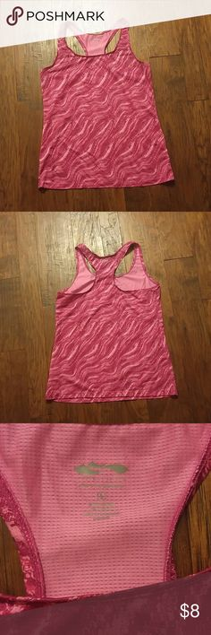 ??Speed dry work out performance tank ? Pink speed dry work out tank top material is polyester/spandex size L in great condition probably only wore it 3x. No rips or stains!! cascade sport Tops