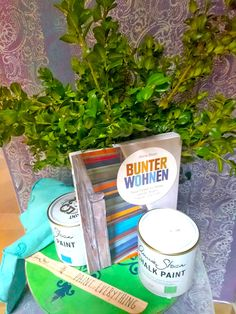 #anniesloan #anniesloanchalkpaint #chalkpaint #timimoo #workshop #workshops #lebensfreude #painting #diy #painteverything Annie Sloan Chalk Paint, Boutique, Bed And Breakfast, Event Design, Workshop, Diy, Painting, Roses Garden, Indoor Courtyard