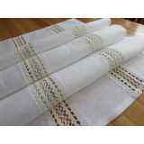 Linen with double lace white