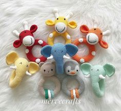 54 ideas crochet bebe sonajero Learn the fact (generic term) of how to crochet, at the very first. Crochet Baby Toys, Newborn Crochet, Crochet Bear, Crochet For Kids, Crochet Dolls, Baby Knitting, Kawaii Crochet, Knitting Kits, Yarn Crafts