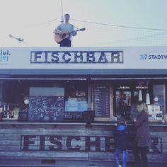 @gregorjonas on top of the world.  #fischbar #kiel #kielerförde #kiellinie #diwokiel #autumniscoming #fischbrötchen #music #gregorjonas