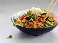 Sushivokki - Reseptit - Yhteishyvä Harvest Salad, Polenta, Gnocchi, Kung Pao Chicken, Vinaigrette, Fried Rice, Cobb Salad, Sushi, Eat