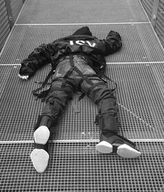 #jsy #fashion #style #polizei #vetements #design #designer #offwhite #virgilabloh #levis #mask #rickowens #paris #parisfashionweek
