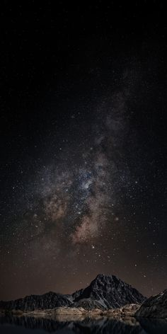 Free HD wallpaper for iphone, android, and PC Night Sky Wallpaper, Dark Wallpaper Iphone, Wallpaper Space, Homescreen Wallpaper, Scenery Wallpaper, Iphone Background Wallpaper, Apple Wallpaper, Landscape Wallpaper, Black Wallpaper