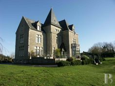 https://www.patrice-besse.co.uk/France-mansions-for-sale/brittany/near-pont-aven/