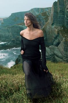 Daria Werbowy in Donna Karen sweater and Chanel skirt.Photographed in Ireland by Annie Leibovitz for Vogue US September 2013