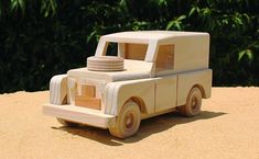 wooden cars and hotrod plans Making Wooden Toys, Handmade Wooden Toys, Wooden Toy Trucks, Wooden Car, Wooden Projects, Wooden Crafts, Toys Land, Teddy Toys, Hobby Toys