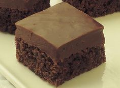 Try this Fudge-Topped Brownies recipe, made with HERSHEY'S products. Enjoyable baking recipes from HERSHEY'S Kitchens. Bake today.