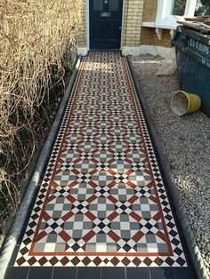 41 Ideas for victorian front door porch mosaic tiles Victorian Front Garden, Victorian Hallway, Victorian Front Doors, Victorian Porch, Victorian Bathroom, Cottage Front Doors, Front Door Porch, House Front, Porch Tile