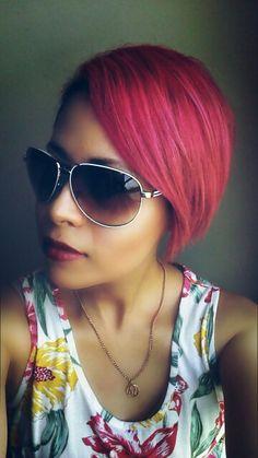 Cabello fantasia color rosa. Manic panic cleo rose mezclado con hot hot pink...