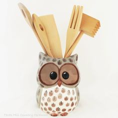 This large wise owl kitchen utensil tool organizer is made of domestic ceramic clay and perfect for any kitchen This large ceramic owl is finished in warm natural shades of Ceramic Fish, Ceramic Owl, Ceramic Clay, Ceramic Planters, Ceramic Painting, Kitchen Utensil Organization, Kitchen Utensil Holder, Tool Organization, Kitchen Storage