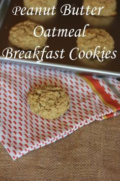 Peanut Butter Oatmeal Breakfast Cookies-- Great for making ahead and freezing for busy mornings or lunchboxes!