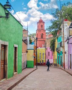 Guanajuato Capital, Mexico Travel, Colour, Instagram, Amor, Drive Way, Places To Visit, Traveling, Countries