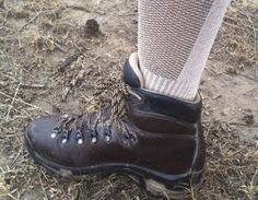 Review of Ausangate Socks by Just Trails. Hiking Socks, Gears, Combat Boots, Shoes, Fashion, Zapatos, Moda, Gear Train, Shoes Outlet