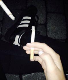 Smoking Kills, Girl Smoking, Gorgeous Quotes, Smoke Cloud, Dark And Twisty, Night Vibes, Dark Photography, Black Veil Brides, Irezumi