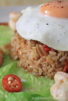 Eat Your Heart Out: Recipe: Korean Kimchi Fried Rice (Kimchi bokkeumbap)