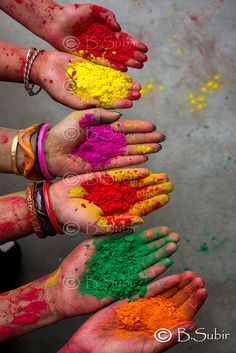 Holi Festival in India-celebrates the victory of good over evil and the triumph of devotion. It also celebrates the beginning of spring and is sometimes called the festival of colors. Holi Festival Of Colours, Holi Colors, Indian Color Festival, Holi Festival India, Yoga Studio Design, World Of Color, Color Of Life, Amazing India, Indian Colours