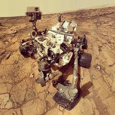 NASA's Curiosity Rover Snaps Cool Selfie