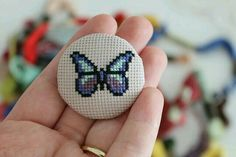 This Pin was discovered by Nes Tiny Cross Stitch, Funny Cross Stitch Patterns, Butterfly Cross Stitch, Simple Cross Stitch, Cross Stitch Alphabet, Modern Cross Stitch, Cross Stitch Designs, Cross Stitching, Cross Stitch Embroidery