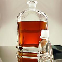 Capitol Whiskey Liquor Decanter - Italian Made