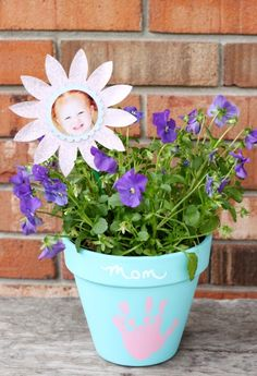 Create A Mother's Day Keepsake Flowerpot that is fun to give AND receive!