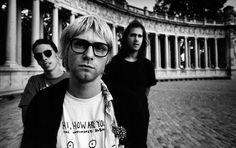 Revelan nota encontrada en la cartera de Kurt Cobain