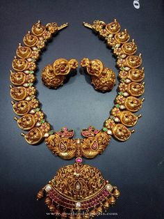 Jewellery Sale Near Me most Gold Necklace Set Waman Hari Pethe or Jewellery Jobs Near Me soon Gold Jewellery Emi Tanishq Antique Jewellery Designs, Indian Jewellery Design, Antique Jewelry, Jewelry Design, Antique Gold, India Jewelry, Temple Jewellery, Mango Mala Jewellery, Jewellery Sale