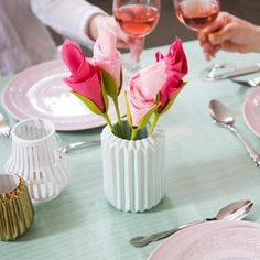 d9ecdbbcc64da Brighten up your next dinner party with these cute napkin holders