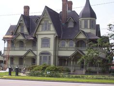Victorian Home Orange, Texas. I toured this home when I lived there. Victorian Architecture, Beautiful Architecture, Victorian Style Homes, Victorian Houses, Victorian Ladies, Victorian Design, Victorian Era, Romantic Homes, My Dream Home