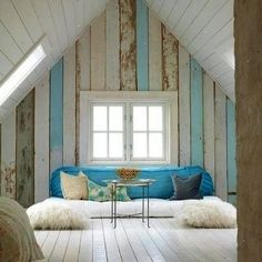 Really inspiring planked wall treatment... no need for the same colour throughout! Love the touch of aqua wood and white.