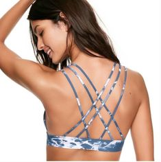 b06cad53998b2c Victoria s secret pink yoga gym sport bra triangle bonded style strappy top  nwt