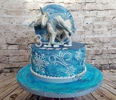 Snowborn Pegasus Unicorn Cake