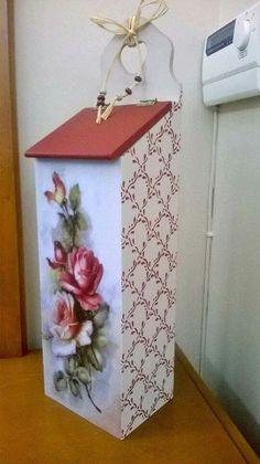 Resultado de imagem para modelos de puxa saco de mdf com flor Fabric Painting, Painting On Wood, Diy Y Manualidades, Decoupage Art, Tea Box, Stencils, Diy And Crafts, Decorative Boxes, Creations