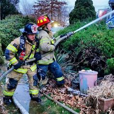 FEATURED POST  @wvm615 -  Backing up and providing some pointers to @lhorvath1397 while operating at a house fire in Bensalem this morning. .  ___Want to be featured? _____ Use #chiefmiller in your post ... http://ift.tt/2aftxS9 . CHECK OUT! Facebook- chiefmiller1 Periscope -chief_miller Tumblr- chief-miller Twitter - chief_miller YouTube- chief miller .  #firetruck #firedepartment #fireman #firefighters #ems #kcco  #brotherhood #firefighting #paramedic #firehouse #rescue #firedept…
