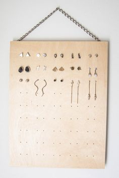 DIY stud earring rack