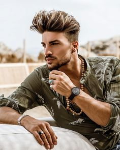 """Mi piace"": 183.3 mila, commenti: 755 - Mariano Di Vaio (@marianodivaio) su Instagram: ""Casual chic outfit and a black @kennethcole, another great piece in my timepieces collection ! …"""