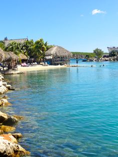Beautiful waters of Curacao