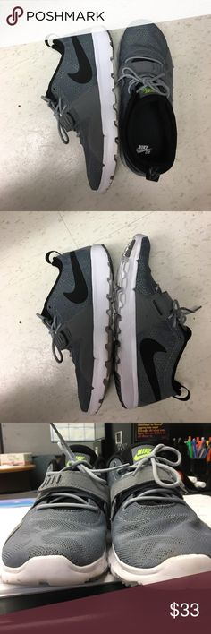 Nike SB shoes. Size 10 Nike SB shoes. Worn twice. Great condition. Nike Shoes Athletic Shoes