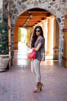 What to wear wine tasting in Napa - Visit Stylishlyme.com for more outfit inspiration and style tips
