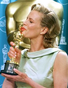 Kim Basinger wins Best Supporting Actress for L.A. Confidential 1997