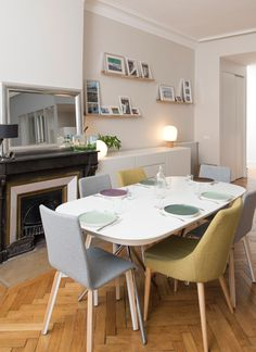 Home sweet home, place sathonay Marion LANOË Dining Table Chairs, Dining Area, Kitchen Dining, Sweet Home, Store Interiors, Apartment Interior, Simple House, Home Kitchens, Furniture Design