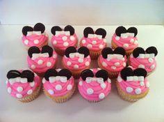 minnie cupcakes… mini oreo cookies for ears and fondant bow
