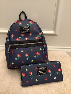 Disney Little Mermaid Ariel Loungefly Cute Mini Backpacks, Little Backpacks, Stylish Backpacks, Monkey Bag, Mode Kawaii, Disney Purse, Mode Streetwear, Cute Purses, Girls Bags