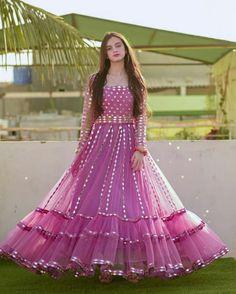 Fancy Dress Design, Stylish Dress Designs, Stylish Dresses, Casual Dresses, Maxi Dresses, Indian Bridal Outfits, Indian Fashion Dresses, Wedding Dresses For Girls, Dresses For Work