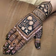 94 Easy Mehndi Designs For Your Gorgeous Henna Look