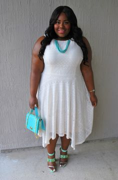 Rethreaded, Jacksonville, Florida, Musings of a Curvy Lady, Plus Size Fashion, Fashion Blogger, London Times Curve, White and Turquoise, BooHoo Official