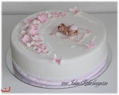 Dåpskake i hvitt og rosa