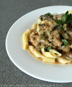 Slow cooker mushroom stroganoff | Amuse Your Bouche